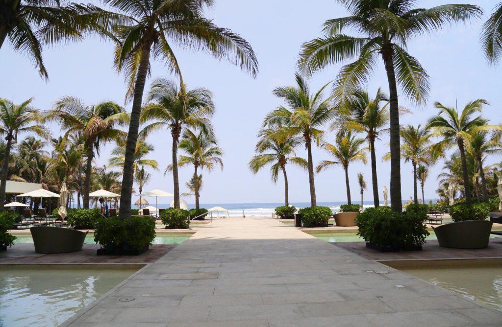 Acapulco- Maria Mina10